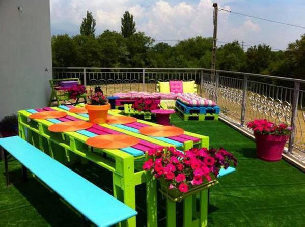 Новая жизнь старой садовой мебели