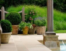Вазоны для дизайна декоративного сада