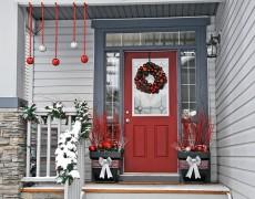 Готовимся к Новому году: как украсить дом и его территорию