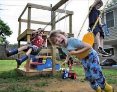 Как обустроить площадку для детей до 10 лет на садовом участке